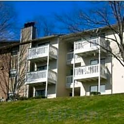 Windrush Apartments - Knoxville, Tennessee 37919