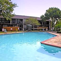Lakewood Apartments - Tomball, Texas 77377