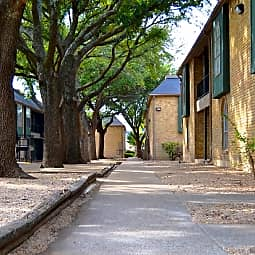 Elm Creek Apartments - San Antonio, Texas 78231