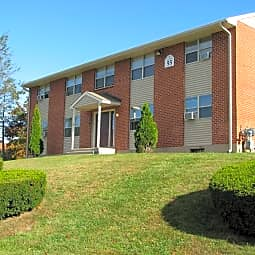 Scott Gardens Apartments - Waterbury, Connecticut 6705