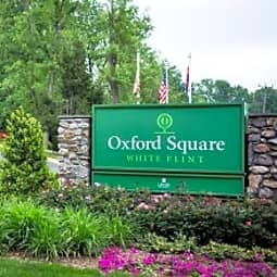 Oxford Square at White Flint - Rockville, Maryland 20852