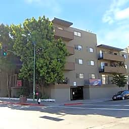 Lakeview Towers Apartments - Oakland, California 94606