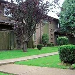 Oak Park Apartments - Nashville, Tennessee 37207