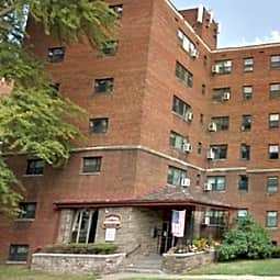 California Apartments - Avalon, Pennsylvania 15202