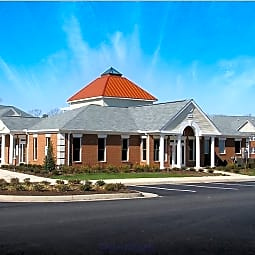 White Oak Luxury Apartments - Chester, Virginia 23831