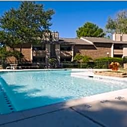 Trinity Mills Apartments - Carrollton, Texas 75006