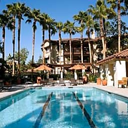 Rancho Mariposa Apartments - Tustin, California 92782