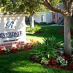 Riverdale Apartments - Hemet, California 92545