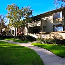 Canyon Creek Apartments - Northridge, California 91325