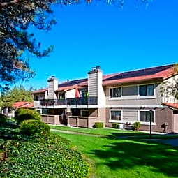 Foothill - Twin Creeks Condos - San Ramon, California 94583