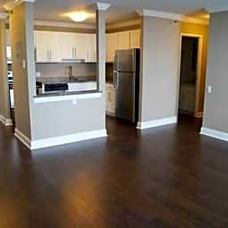 Bancroft Luxury Apartments - Saginaw, Michigan 48607