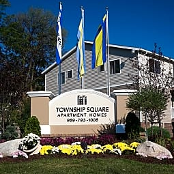Township Square - Saginaw, Michigan 48603