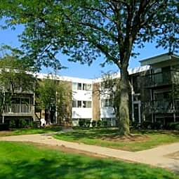 Golfside Apartments - Ypsilanti, Michigan 48197