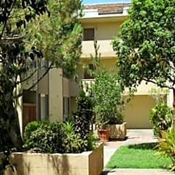 Stone Pine Apartments - Pasadena, California 91101