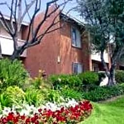 Sorrento Apartments - Canoga Park, California 91306