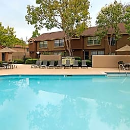 Oak Tree Court Apartment Homes - Placentia, California 92870