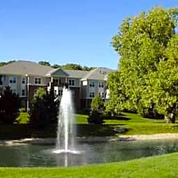 LeSilve Apartments - Middleton, Wisconsin 53562