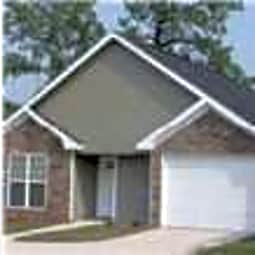 Stadium Place Patio Homes - Phenix City, Alabama 36867