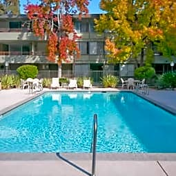 Davey Glen Apartments - Belmont, California 94002