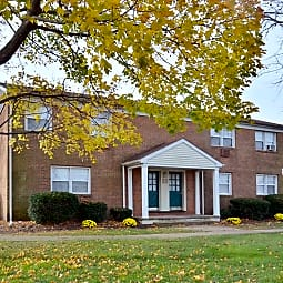 Woodland Springs Apartments - Burlington Township, New Jersey 8016