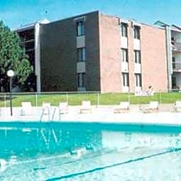 Park Plaza Apartments - Brown Deer, Wisconsin 53223