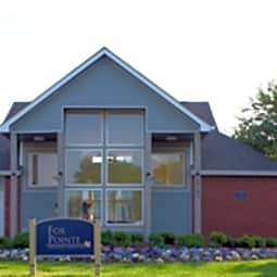 Fox Pointe Apartments - Columbus, Indiana 47203