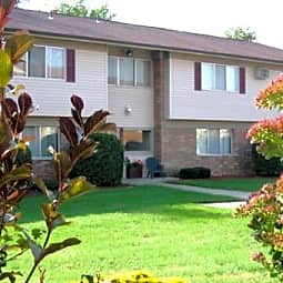 Hillcrest Club Apartments - Plymouth, Michigan 48170