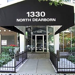 Dearborn Walk Apartments - Chicago, Illinois 60610