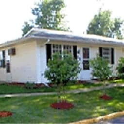 Arbor Park Cottages - Slater, Iowa 50244