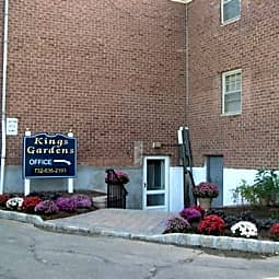 Kings Gardens Apartments - Woodbridge, New Jersey 7095