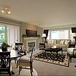 WOODVIEW APARTMENT HOMES - Beaverton, Oregon 97007