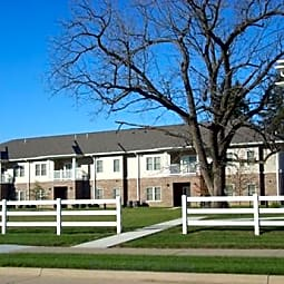 Town Square Apartments - Iowa City, Iowa 52240