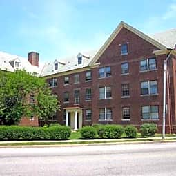 Chadford Apartments - Baltimore, Maryland 21210