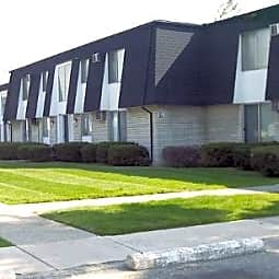 Deauville Apartments - Center Line, Michigan 48015
