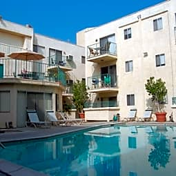 Park Merridy Apartments - Northridge, California 91325