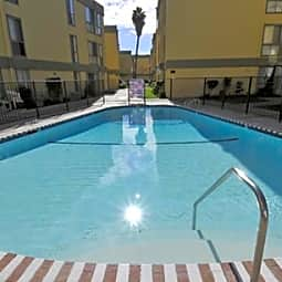 Kingswood Village Apartments - Reseda, California 91335