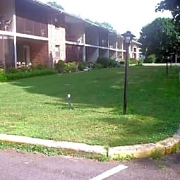 Barclay Apartments - Vineland, New Jersey 8360
