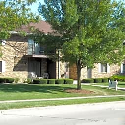 Cranberry Apartments - Kenosha, Wisconsin 53142