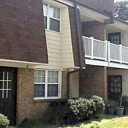 West Beach Apartments - Norfolk, Virginia 23503