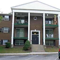 Quail Run Apartments - Harrisburg, Pennsylvania 17109