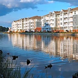 River House Apartments - Norfolk, Virginia 23504