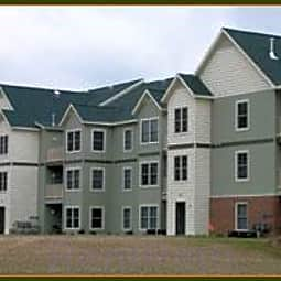Kensington Preserve Apartments - Grand Rapids, Michigan 49534