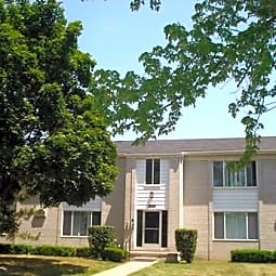 Sterling Park Apartments - Sterling Heights, Michigan 48313