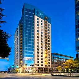 Ashton Bellevue - Bellevue, Washington 98004