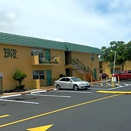 Royal Palm Apartments - Lauderdale Lakes, Florida 33311