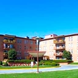 Brooklawn Apartments - Frederick, Maryland 21701