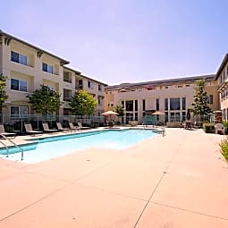 Royal Oaks Apartments - San Marcos, California 92069
