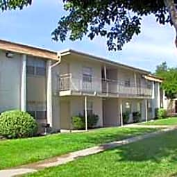 Pinon Trails Apartments - El Paso, Texas 79935