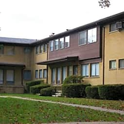 Maplegrove Manor Apartments - Royal Oak, Michigan 48068