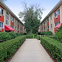 Carroll Court Apartments - Saint Paul, Minnesota 55104
